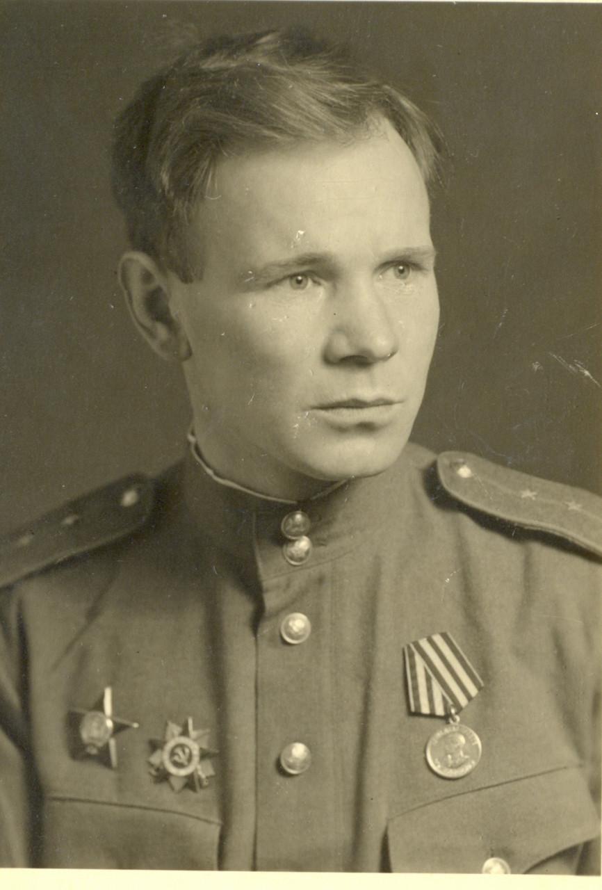 Макеев_май_1946_года.jpg